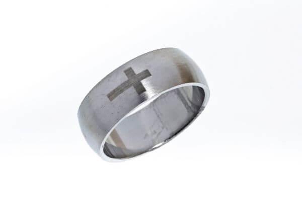Ring Kreuz
