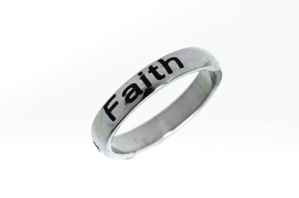 Ring Love/Faith/Hope